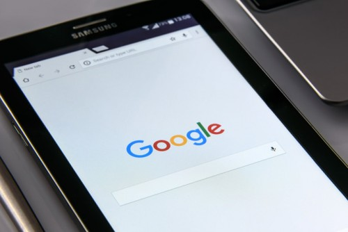 Google to start indexing mobile sites first